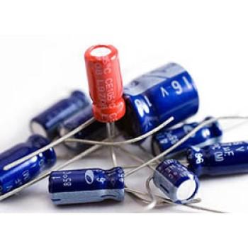 خازن الکترولیتی 4700 میکروفاراد - 6.3 ولت - بسته 5 تایی