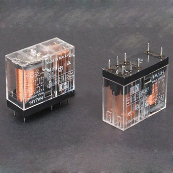 رله شیشه ای 2 کنتاکت 24 ولت - 5 آمپر